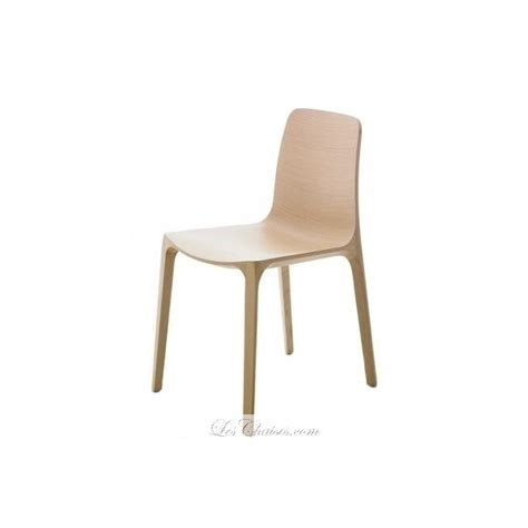 chaise design bois naturel chaise bois design frida par pedrali et chaise design bois