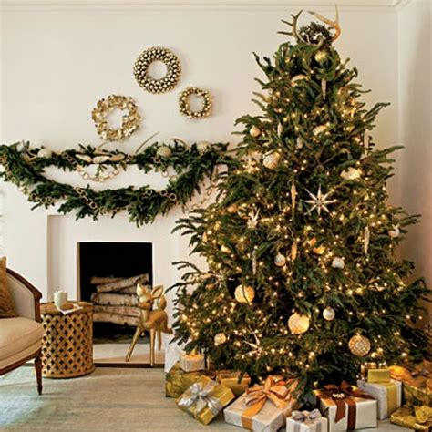 silver and gold christmas tree theme silver and gold decorated christmas tree designcorner