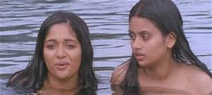 hot and sexy malayalam actress gallary kavya hot bath seen With kavya madhavan bathroom