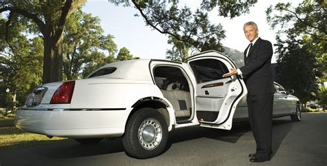 Limo Chauffeur Service by Limousine Service Baltimore Annapolis Dc Limo Rentals