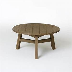 10 easy pieces round outdoor coffee tables gardenista for 25 inch round coffee table