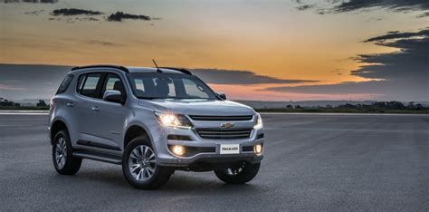 Chevrolet Trailblazer Hd Picture by 2018 Chevrolet Trailblazer Gets Aesthetic Upgrades And