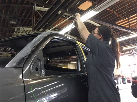 auto body shops  denver    repair  car