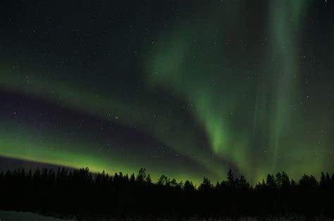 northern lights borealis solar wind