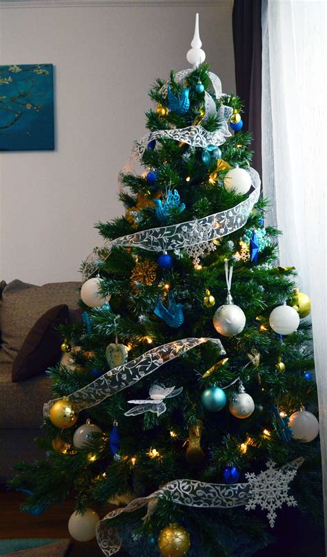 blue  gold christmas tree decorations