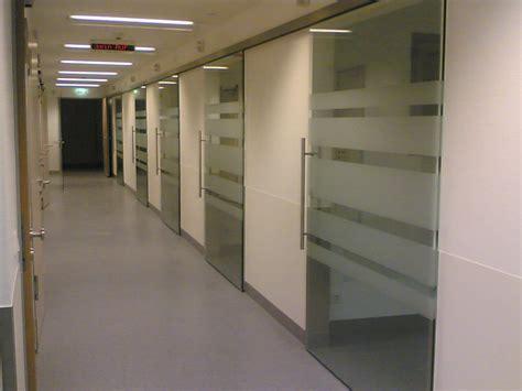 Fenster Sichtschutz Beschichtung by Sichtschutzfolien Dekofolien F 252 R Ihre Fenster Und T 252 Ren
