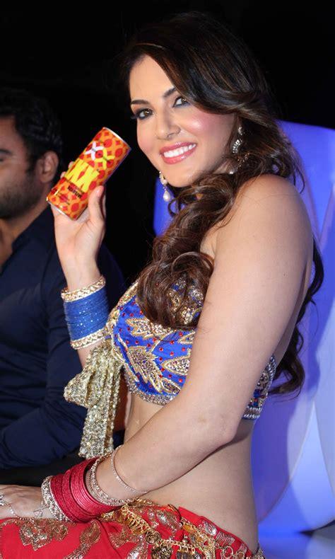 Sunny Leone Latest Hot Photoshoot For Xxx Drink