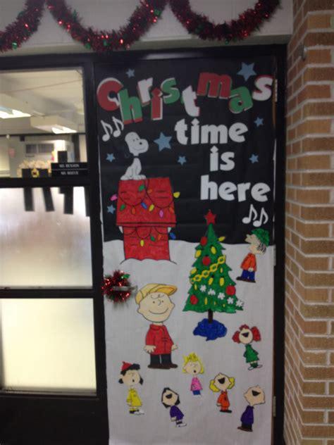 charlie brown christmas door      love