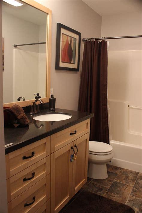 full bathroom quartz countertops vinyl floors maple
