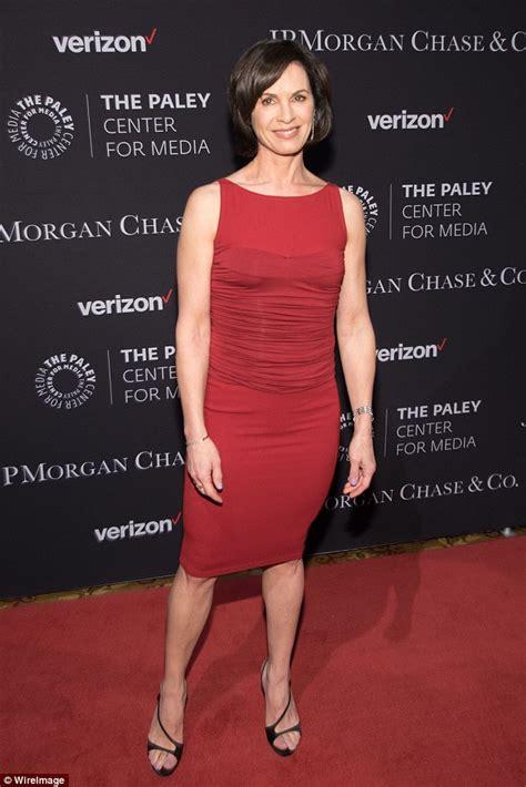 Abc Star Elizabeth Vargas Reveals Decade Long Battle With