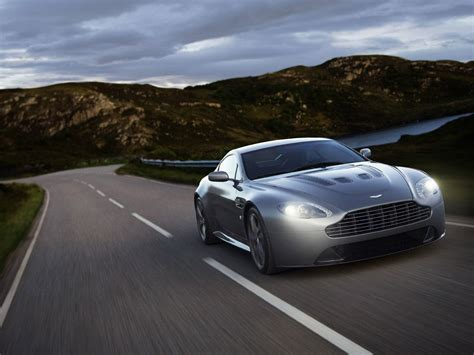 wonderful aston martin vantage wallpaper hd pictures