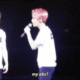 EXO'luXion 151017 : Baekhyun talking about his abs ft ...