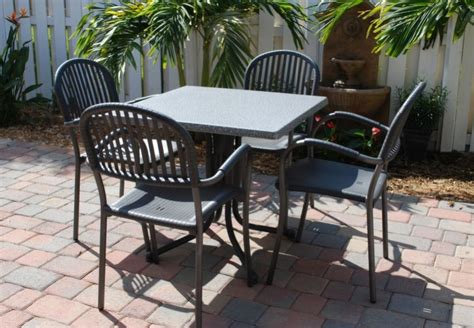 miami outdoor furniture store features great sales on