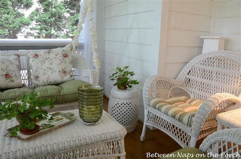 ideas on how to decorate with ceramic stool simple home