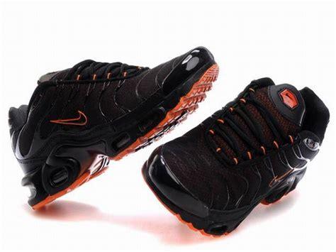 nike air max tn requin 2013 chaussures tn pas cher pour homme noir orange 1507080847 officiel