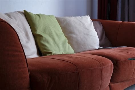 nettoyage canapé tissu nettoyage de tissus en gironde fauteuils chaises canapés