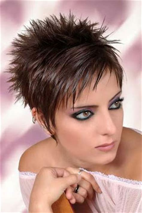 coupe de cheveux carrã court modele de coupe de cheveux court 2014
