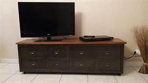 Style Industriel Ikea : customisation meuble tendance graphique bidouilles ikea ~ Teatrodelosmanantiales.com Idées de Décoration