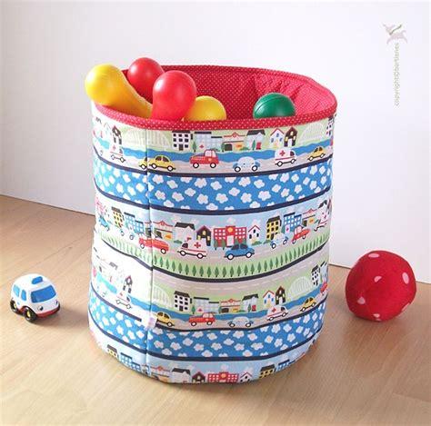 Aufbewahrung Kinderzimmer Junge by Aufbewahrung Box Kinderzimmer Jungen Mit Autos For Baby