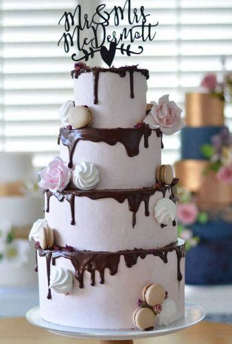 30 Rustic Wedding Cakes With Floral And Berry Decorations
