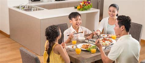 pentingnya makan bersama  keluarga wuling motors
