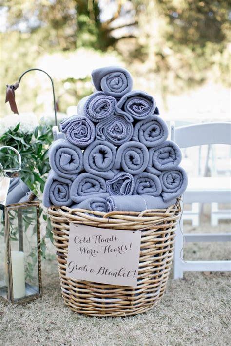 totally ingenious ideas   outdoor wedding fall