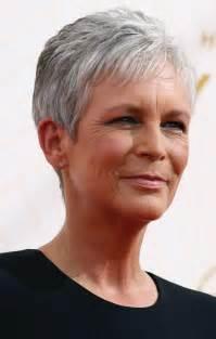 coupe cheveux femme 60 ans coiffure courte femme 60 ans
