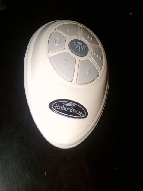 Harbor Ceiling Fan Remote Replacement by Harbor Ceiling Fan Remote Stopped Working