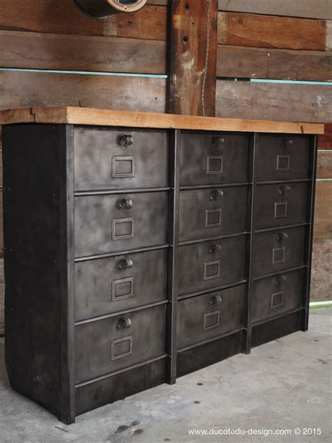 grand meuble industriel  clapet strafor  plateau chene
