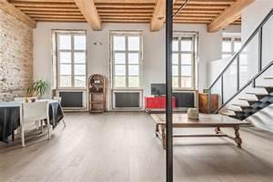 Appartement Atypique Lyon : loft dans un ancien canut lyon studio window loft ~ Melissatoandfro.com Idées de Décoration