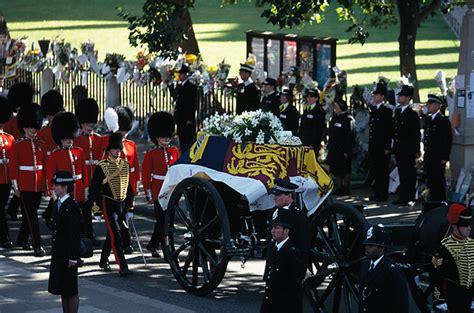 princess dianas funeral photo essays time