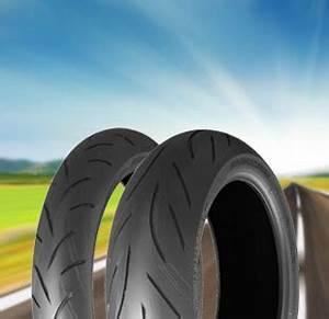Pneus Bridgestone Avis : pneus bridgestone pneu moto pas cher ~ Medecine-chirurgie-esthetiques.com Avis de Voitures
