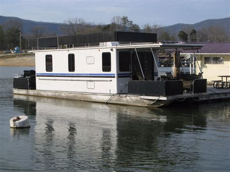 Pontoon Houseboat Prices by 1999 Horizon 10 X 42wb Pontoon Houseboat Power Boat For Sale