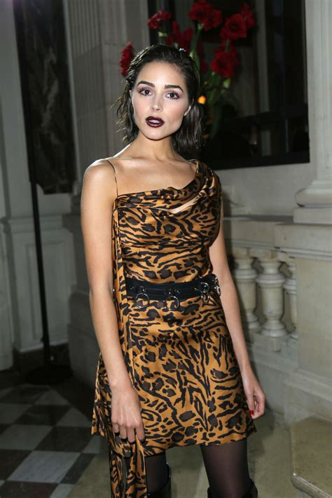 olivia culpo john galliano fashion show in paris 10 01 2017