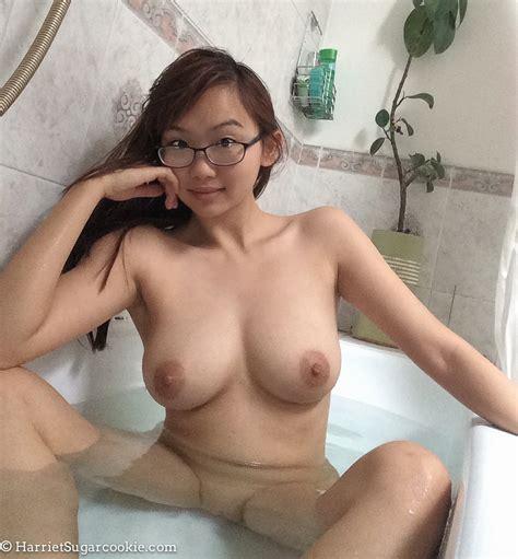 Sexy British Asian Teen Girl With Big Tits In Bathtub