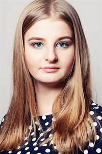 Schönes 10 Jähriges Mädchen : junges gesicht sch nes m dchen stockbild bild 67636593 ~ Yasmunasinghe.com Haus und Dekorationen