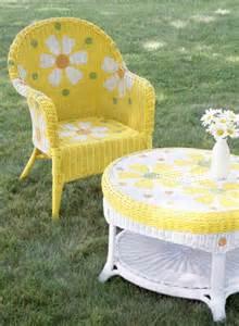 Spray Paint Wicker Patio Furniture