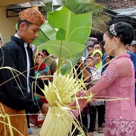 prosesi susunan acara pernikahan adat jawa foto