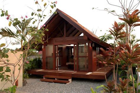 small prefab homes prefab cabins sheds studios multi