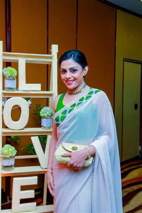 sri lankan actress yashoda wimaladharma saree designs