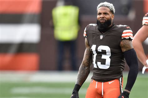 Odell Beckham leaves Browns practice with illness