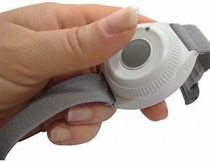 Bracelet Détecteur De Chute : minifone telephone montre avec t l assistance et t l alarme ~ Melissatoandfro.com Idées de Décoration