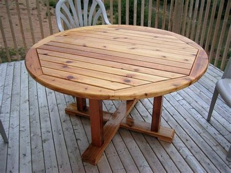 round wooden outdoor table round wooden patio table plans woodideas