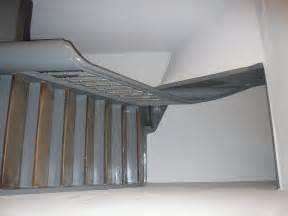 Gestaltung Treppenhaus Bilder : renovierung eines treppenhauses in einem altbau ~ Lizthompson.info Haus und Dekorationen