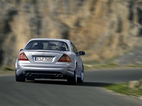 Inside, the cl 65 amg featured the same elegant interior as its brothers, but there were few differences. Mercedes Benz CL65 AMG (2003) Auta na plochu, tapety na ...