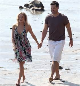 LeAnn Rimes enjoys romantic stroll with husband Eddie ...