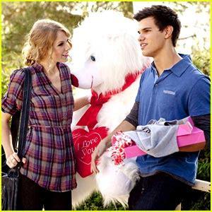 Aleda Costa: Taylor Swift With Boyfriend Taylor Lautner Images