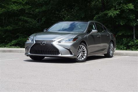 lexus es  review autoguidecom news