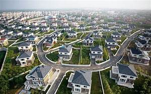 Suburbs Dreams Meaning - Interpretation and Meaning