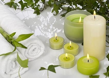 Spa Flower White Candle